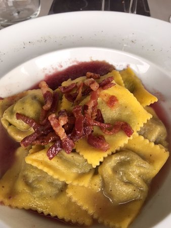 Magione, Italy: Ravioli with lakefish and ricotta - delicious and light.