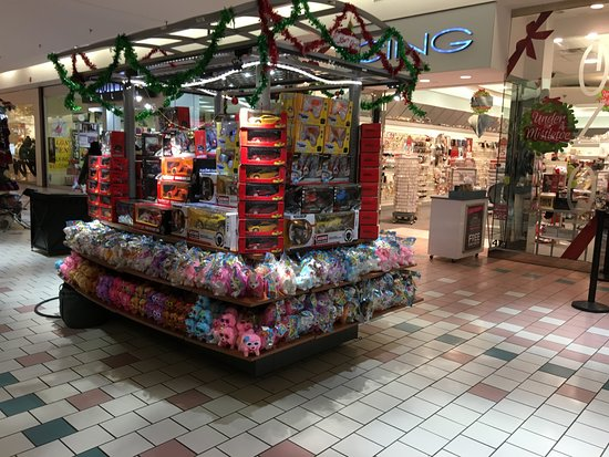 Victor, Nowy Jork: Eastview Mall - XMAS gift booths
