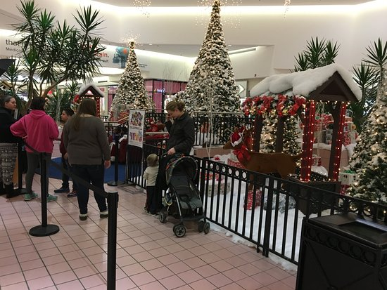 Victor, Nowy Jork: Eastview Mall - Santa's station