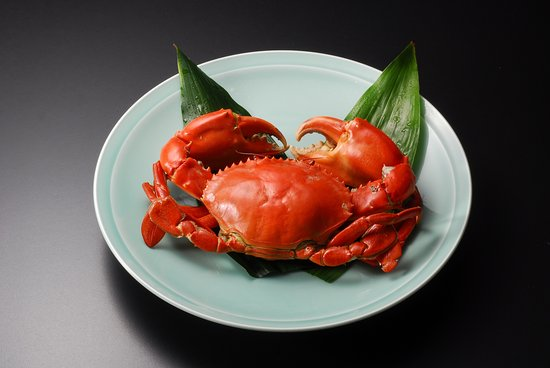 Kinsui : 胴丸(どうまん)ガニ:一人前【時価:8月〜11月頃】浜名湖特産で「幻の蟹」とも言われる。「美味!」。その言葉が一口食べた瞬間からあふれだしてしまう。