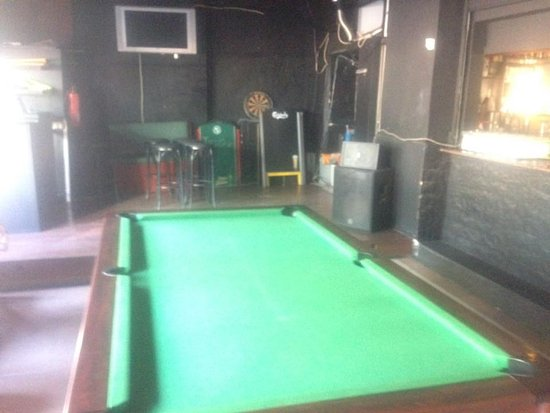 Pool Table near front of bar Picture of The Galway Girl Playa