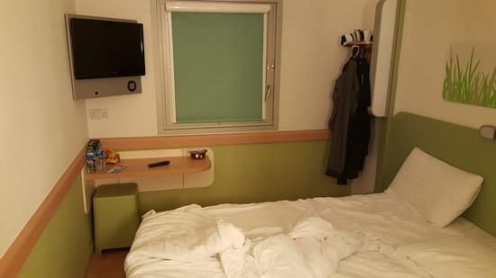 Hotel ibis budget Beaconsfield: 20161124_073345_large.jpg