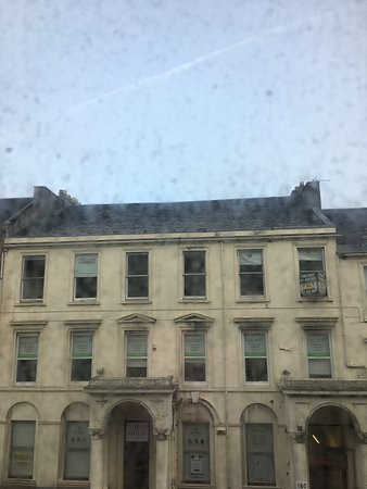 Blythswood Square: dirty windows