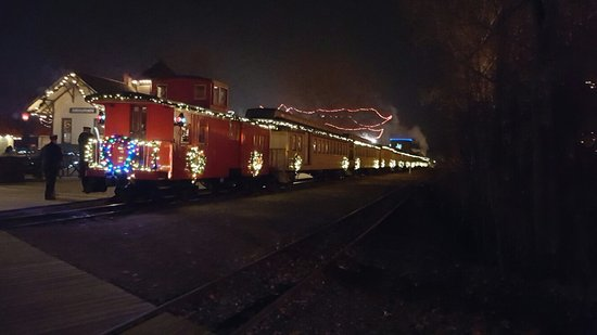 must do at christmas review of crossroads village huckleberry railroad flint mi tripadvisor