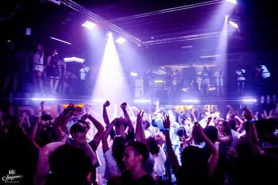 А3 клуб ночной видео в ночных клубах питера