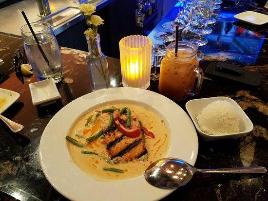 Chandler, AZ: Panang Curry with Salmon