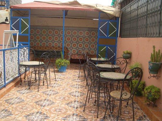 Hotel Sindi Sud: Photo de la terrasse de sindi sud