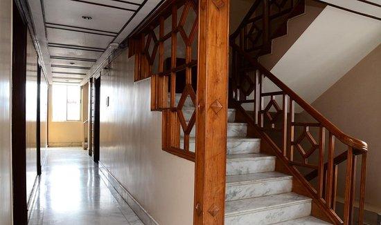 Hotel Amrit Regency Foto