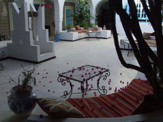 Hotel Arischa Foto