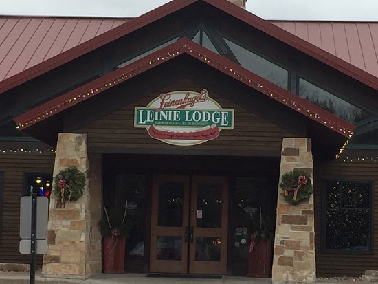 Chippewa Falls, WI: Leinie Lodge houses the tasting room and gift shop.