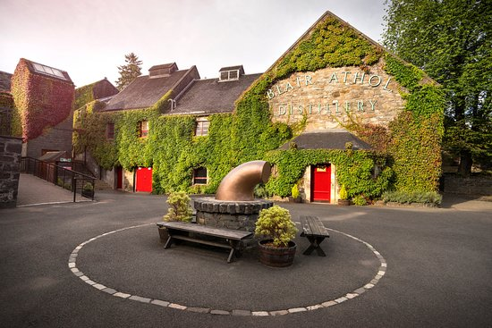 Pitlochry, UK: Blair Athol Distillery