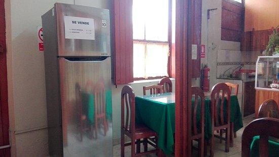 Hostal El Colibri: Refrigeradora para Huéspedes