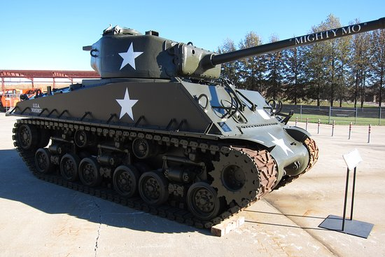 Jefferson City, MO: WWII Sherman Tank