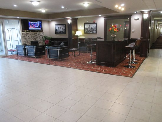 Crawfordsville, IN: Hotel Lobby