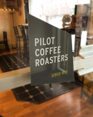 Uxbridge, Kanada: Serving Pilot Coffee!