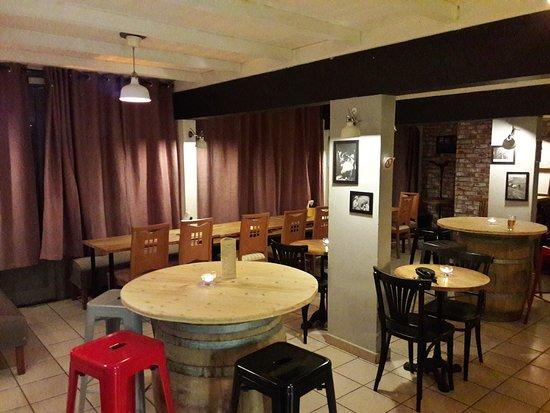 Saint Jean d'Aulps, France: Salle de restaurant