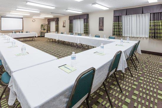 Bedford, TX: Meeting Room- 50 people Occupancy.