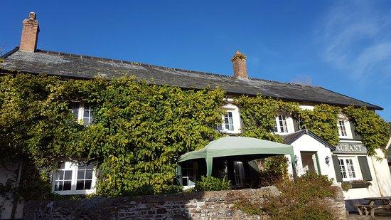 Great Torrington, UK: Sunny skies at The Cranford