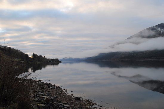 Heart of Scotland Tours: A Loch along the way