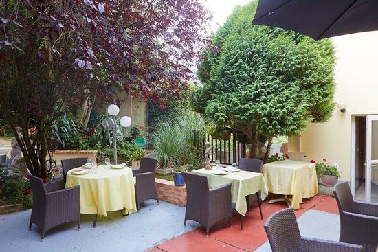 Cesson-Sevigne, França: terrassa