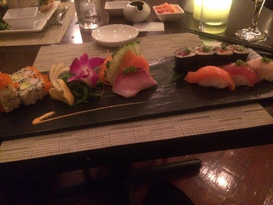 Holetown, Barbados: Wonderful serving of mixed sushi and sashimi