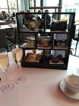 Harvey Nichols Second Floor Bar and Brasserie: photo1.jpg