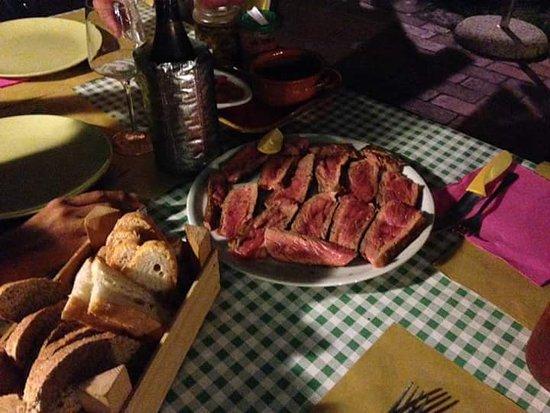 Monticiano, Italy: Osteria La Capanna