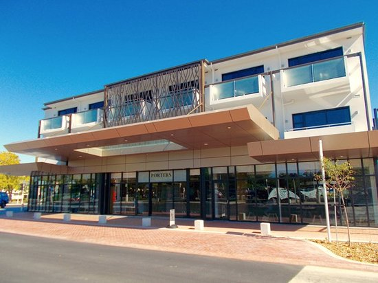 Havelock North, Nova Zelândia: The check-in entry-way to the new Porters Boutique Hotel