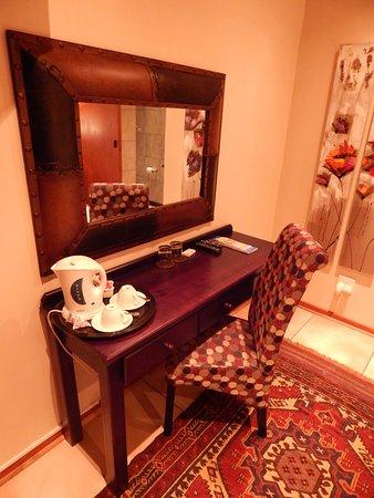 Upington, Sudáfrica: Coffee facilities in all rooms