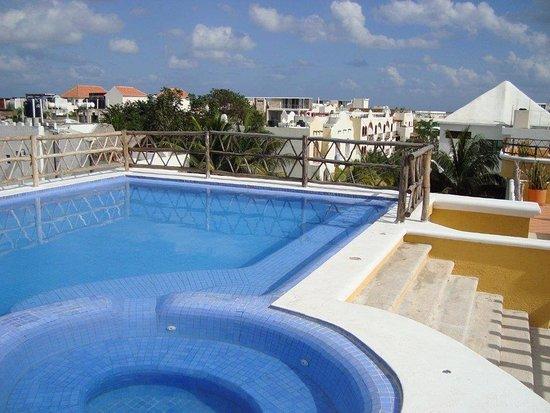 Las Palmas Condominios