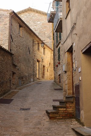 Montone, Itália: Interno