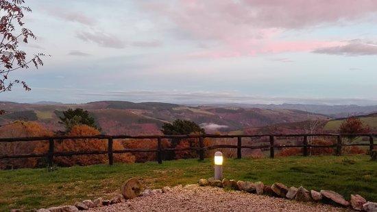 Santa Eulalia de Oscos, Spanje: IMG_20161204_180426_large.jpg