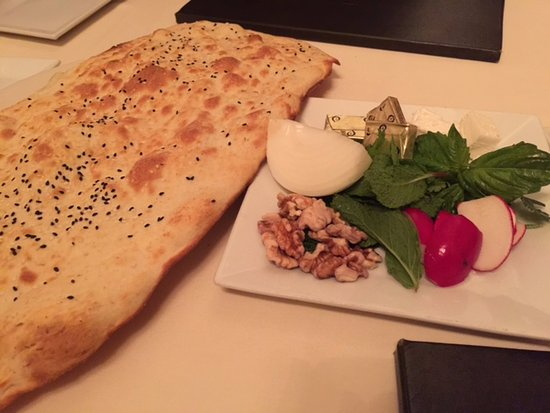Persepolis Persian Cuisine: the bread and salad