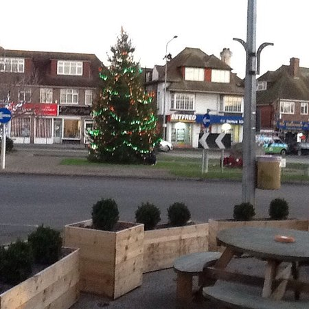 the wheatsheaf inn lccba christmas lights switch on friday 3 december 2016