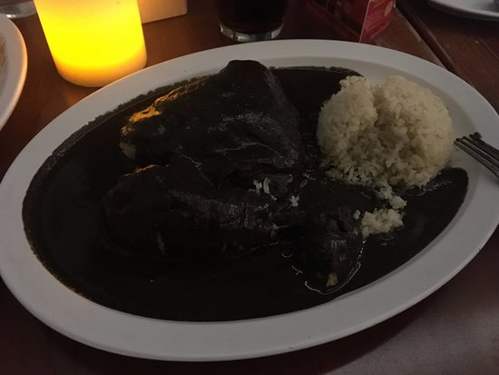 Lynwood, CA: chicken with mole negro
