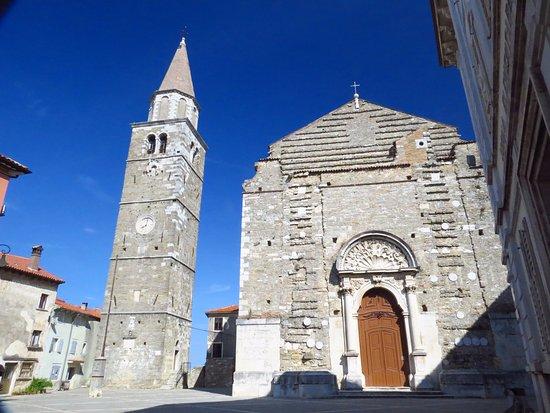 Buje, Croazia: church of st servilus 1272