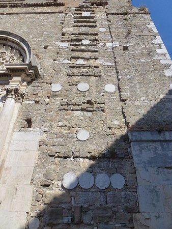 Buje, Croazia: church built using stones from Jupiter temple