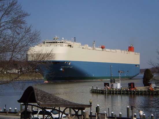 Chesapeake City, MD: Car carrier on the Chesapeake & Delaware canal