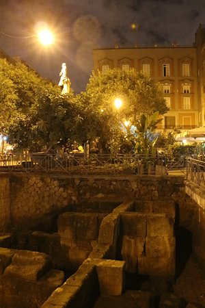 Naples place bellini gabriel lothe billede af piazza for 236 naples terrace llc