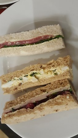 Bromley, UK: Mini sandwiches