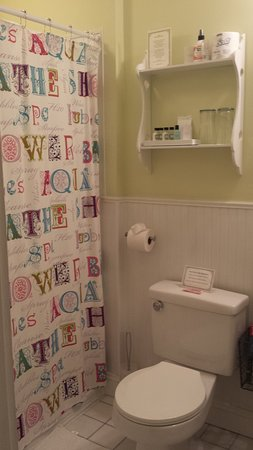 Bristol, Nueva Hampshire: The Sewing Room Bathroom