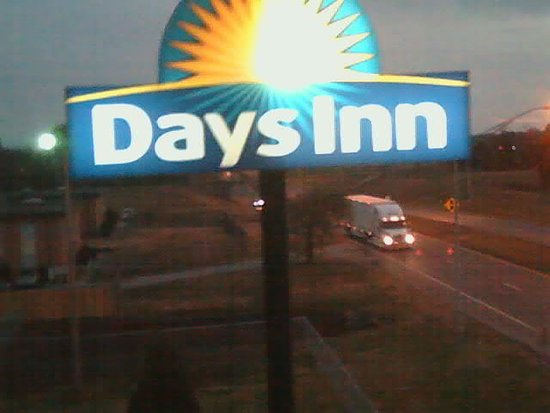 Days Inn Muskogee: Drones eye view!
