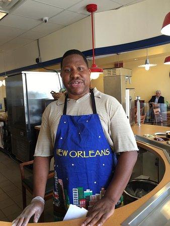 Evansville, IN: Owner/chef