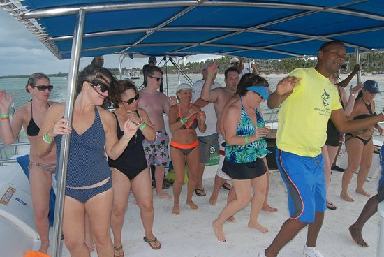 Ocean Adventures - Sailing Adventure: Sailing adventure was fun! All you can drink, liquor included. Lunch was served. The staff was a