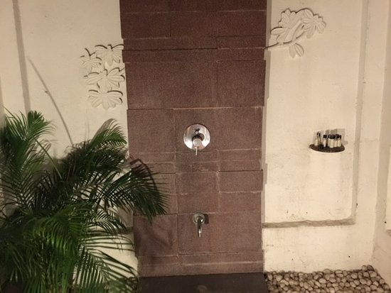 Covelong, Indien: Outdoor shower