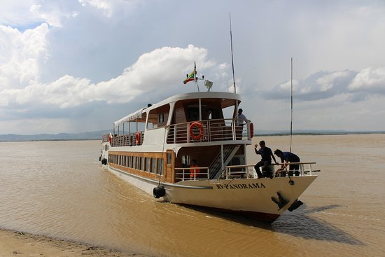 Alliance Myanmar River Cruise