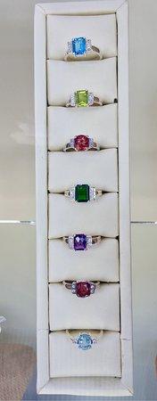 Lihiniya Gems - Sterling Silver set with semi precious gemstones and white sapphires