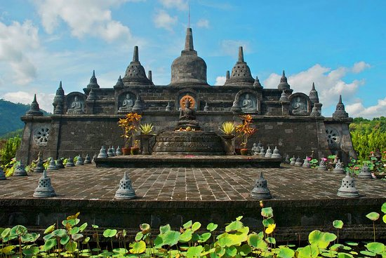 Brahma Vihara Arama, famous Buddhist temple next to our Zengarden