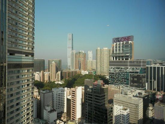 Hotel Panorama by Rhombus: リッツカールトン側