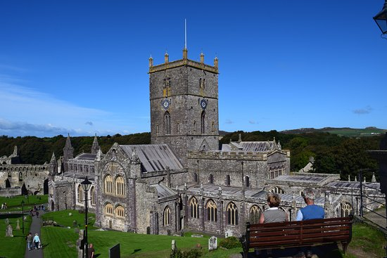 St. Davids, UK: St David's Cathedral from the gate house